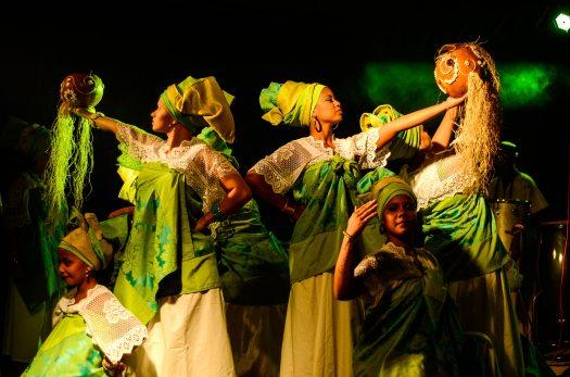 costumes-dance-dancers-1405814